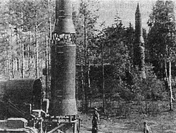 Ракеты РТ-15 или их макеты на войсковых испытаниях комплекса. Предположительно 1966 г.