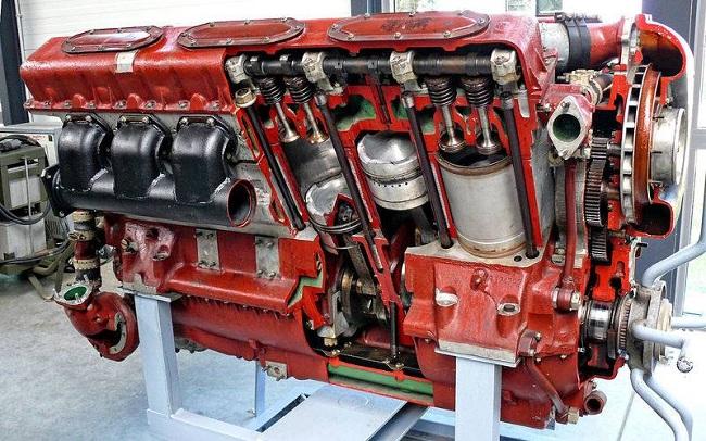 Двигатель В-46 применен на средних танках Т-72, принятых на вооружение с 1973 года. Благодаря системе наддува снимали 780 л.с.